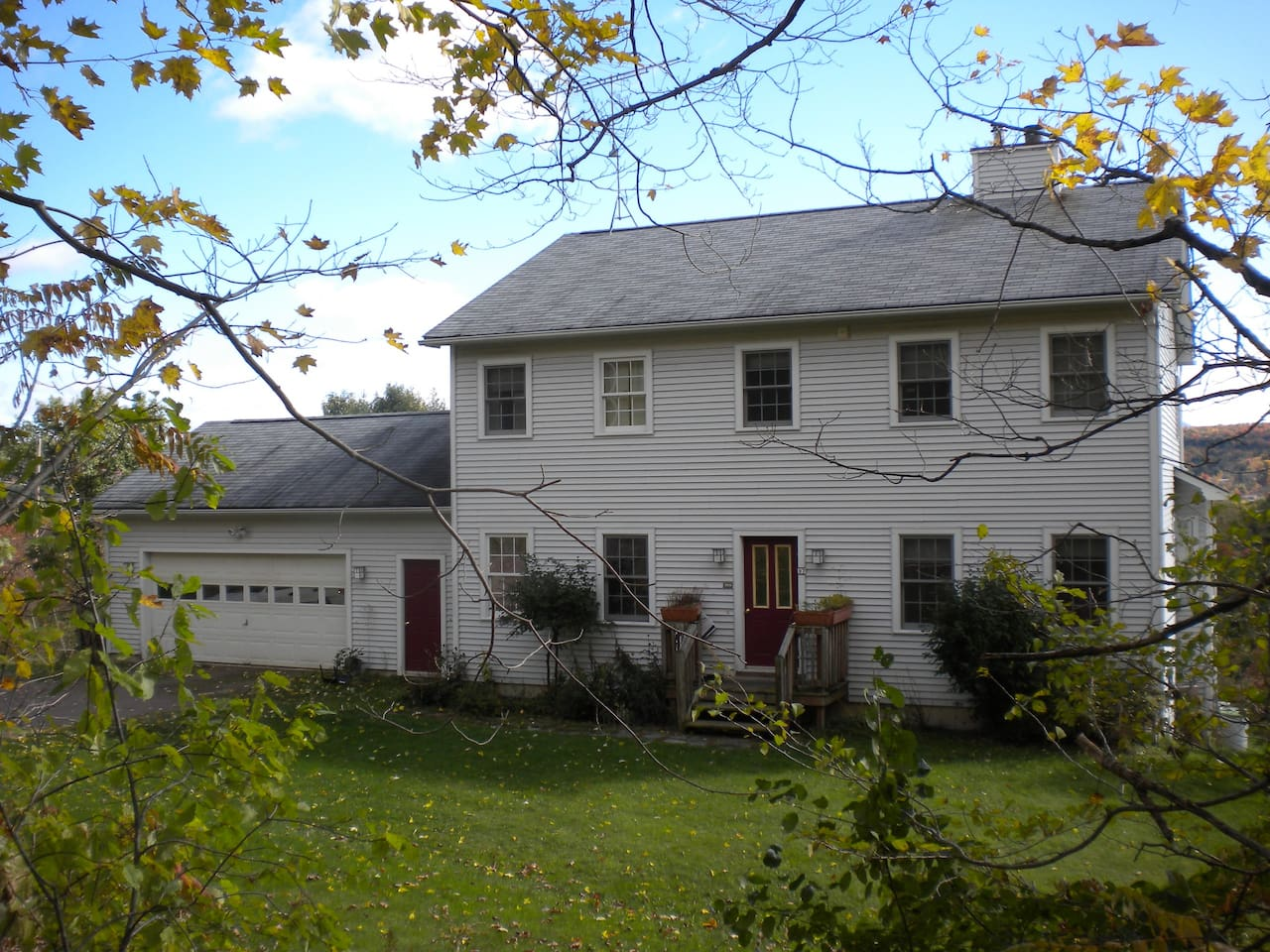 Ideal Vermont Getaway-take a look!