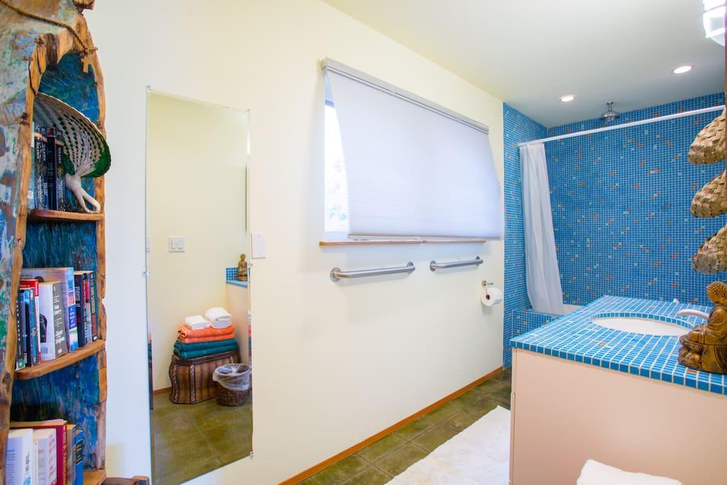 The blue Italian tile bathroom with jacuzzi