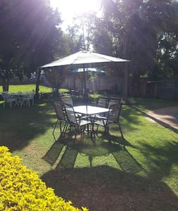 Daisy's Guest House - Harare - Bed & Breakfast