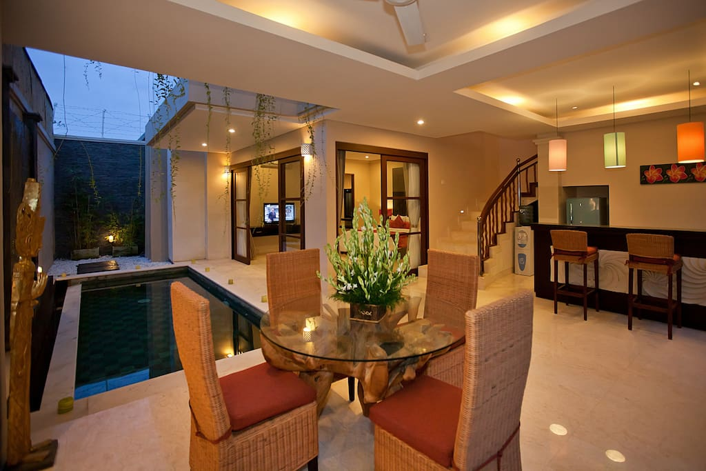 Seminyak Luxury Villa with Pool (6)