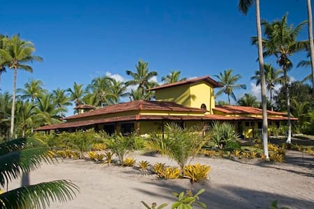 BREATHTAKING BEACH HOUSE IN CANAVIEIRAS, BAHIA - Canavieiras