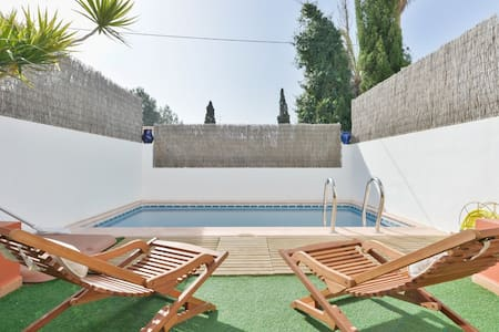 House with private pool  NR 24415-3/11/15 - Casa