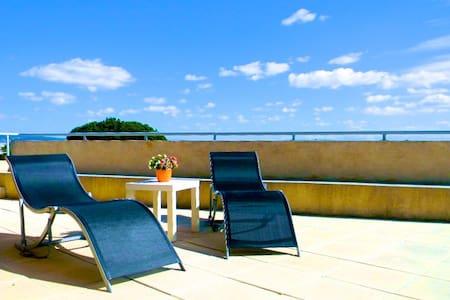 Apartment near beautiful beaches - Lägenhet