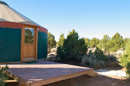 Awesome Yurt Retreat Southeast Utah - Yourte