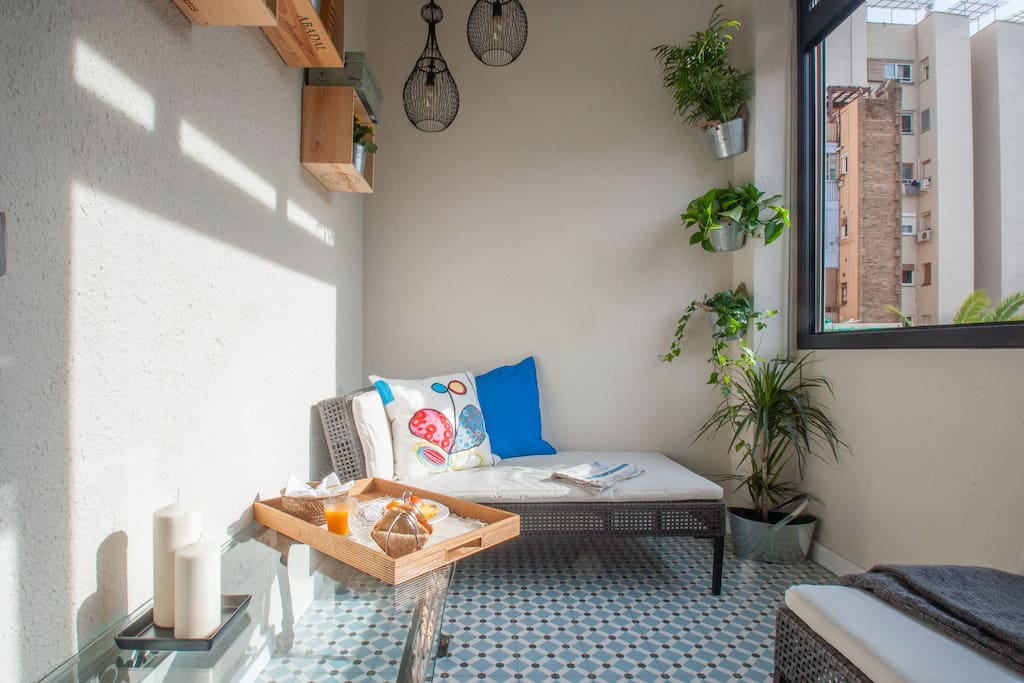 Relax away on with a glass of wine or having your breakfasting in the sun room