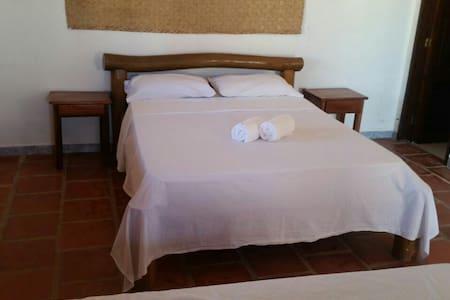 Casa Som Do Mar - Prea Beach - Haus