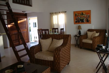 2 Bedroom Condo plus Loft,Beach,Infinity Pool,A/C - Ortak mülk
