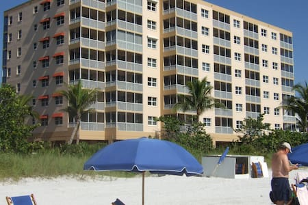 FT MYERS BEACH FRONT 2 BEDR 2 BATH  - Fort Myers Beach - 別荘