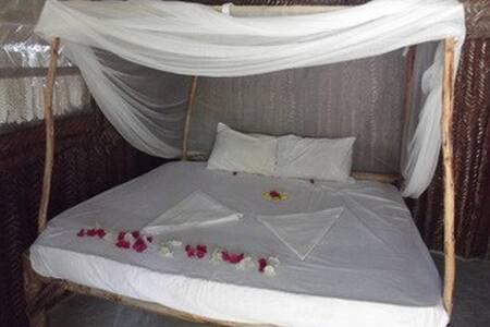 Double room. Jambo Beach Bungalow - Wikt i opierunek