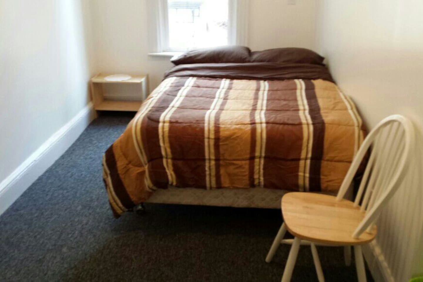 Large Room for Rent 10 Min from NYC