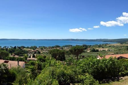 Spectacular view of Bracciano lake!