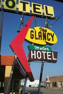 The Glancy On Route 66 - Guesthouse