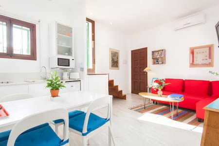 Cosy attic & terrace in Old Town - Palma de Mallorca