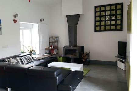 Chambre + P.déj. Firminy CORBUSIER - House
