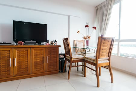 Aluga-se quarto em apartamento