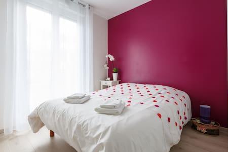 Nice apartment near Montmartre