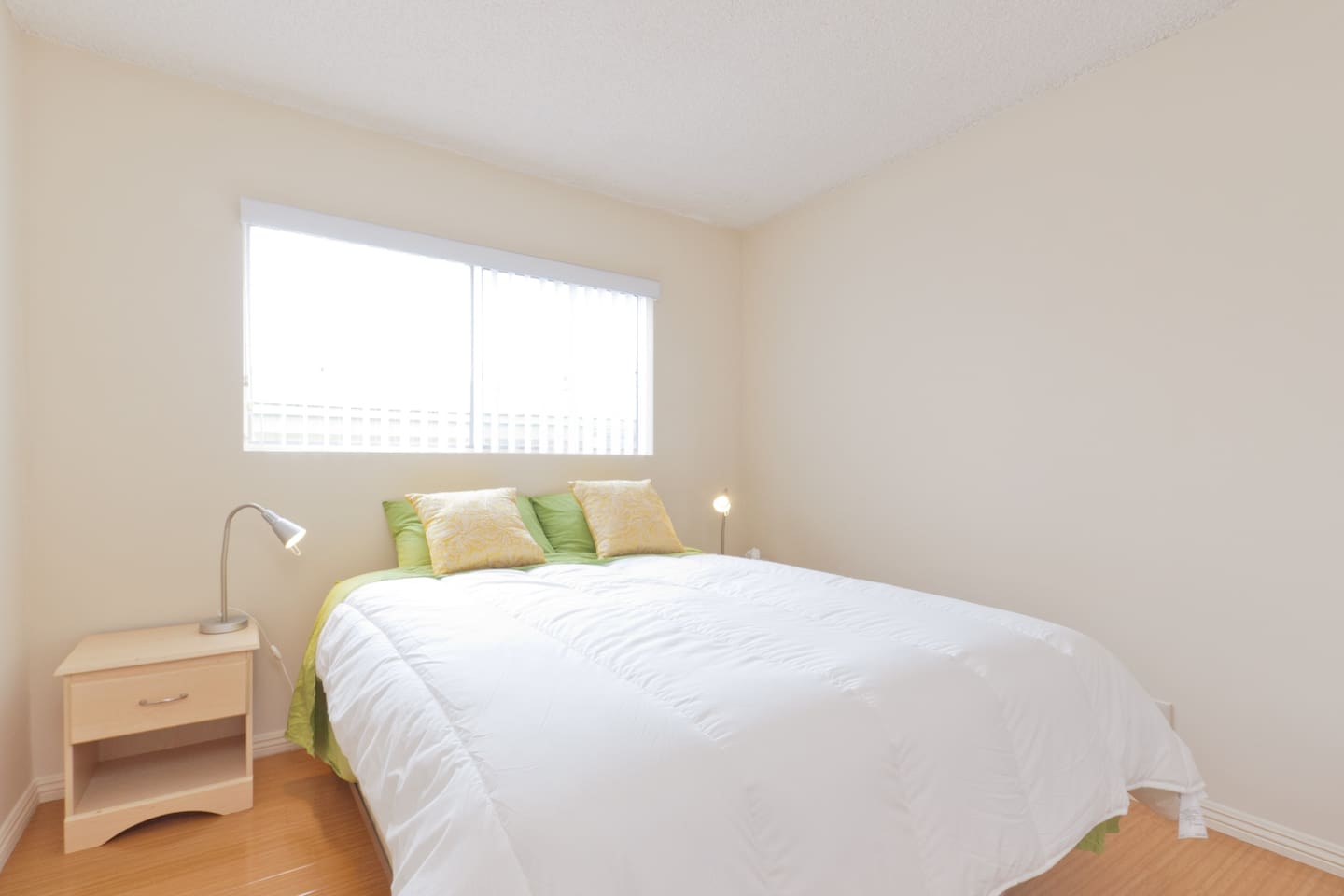 Wonderful, sunny room with plush queen-size bed with high quality mattress for optimal back support.