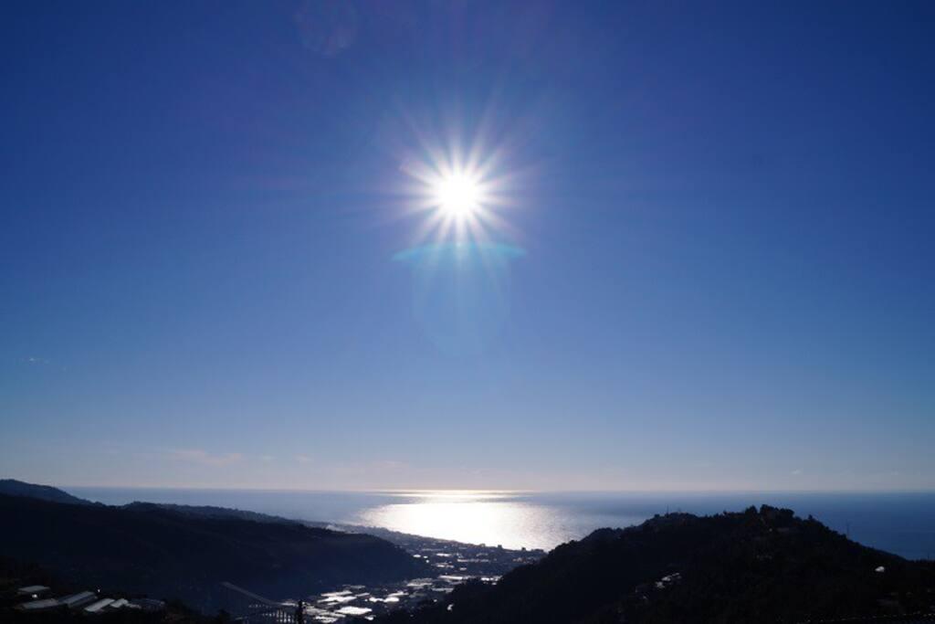 view of sun shining on solarium