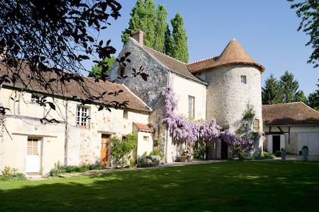 Montgareux Bed & Breakfast - Penzion (B&B)