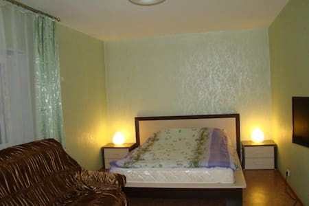Уютная,чистая квартира в новом доме - Pechory - Wohnung