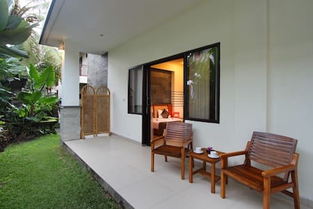 Putri Ayu Cottages - Ubud - Bed & Breakfast