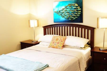 CasaArena: Sanddollar Room - Apartment