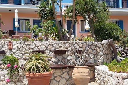 Stella Di Mare Seaview Studio - Farsa - Apartment