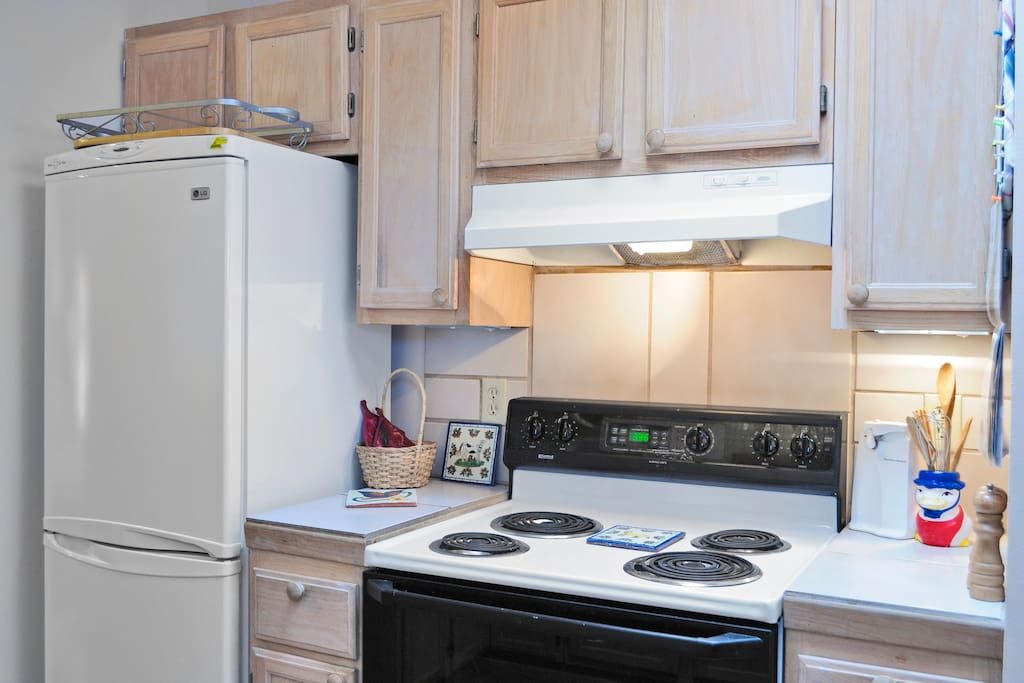 Full size appliances.  Furnished with all kitchen-cooking equipment.