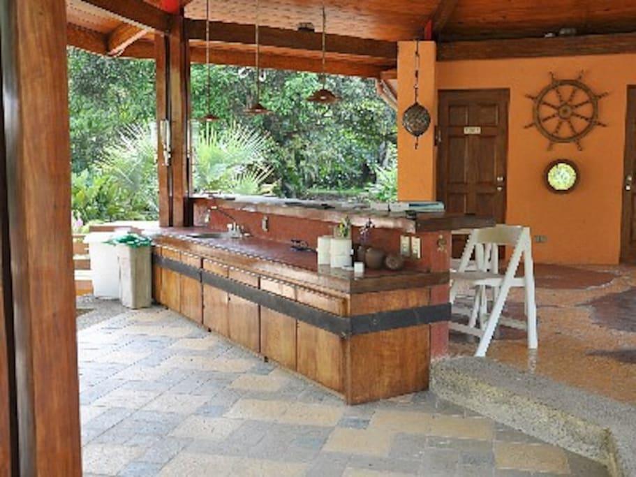 Bar area - Gazeebo