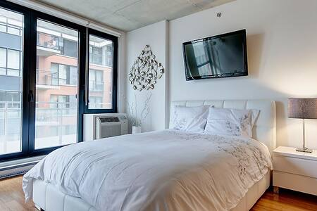Cute Condo in the heart of Montreal