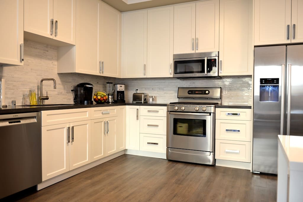 Full kitchen fully equipped for if you're inspired to explore your inner chef