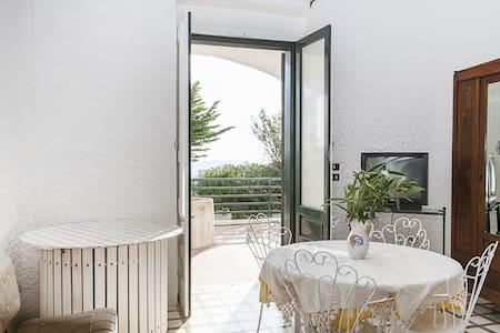 Gallipoli: villa sul mare 14 posti - Lecce