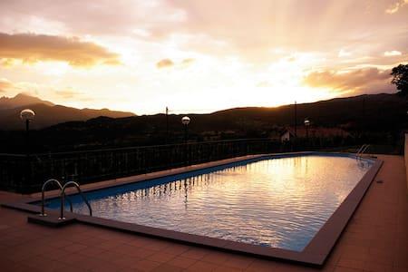 Wonderful duplex, Pool & Terrace - Castiglione di Garfagnana - Apartment