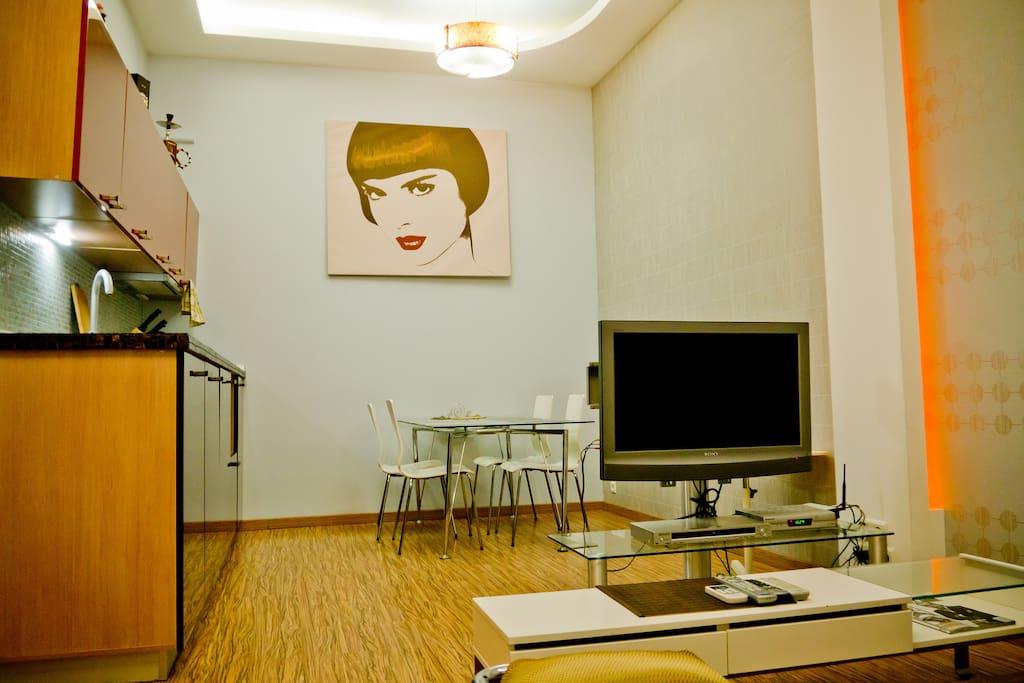 Ultra Modern Jacuzzi Lux 1 Bedroom