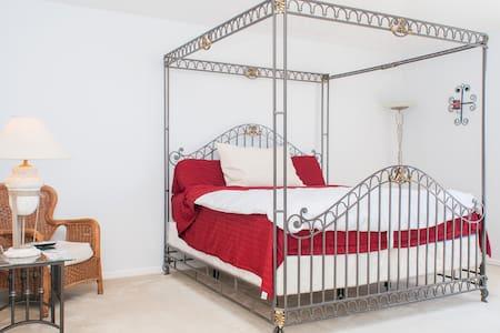 CASA HERMOSA PARA COMPARTIR - Pembroke Pines - Bed & Breakfast