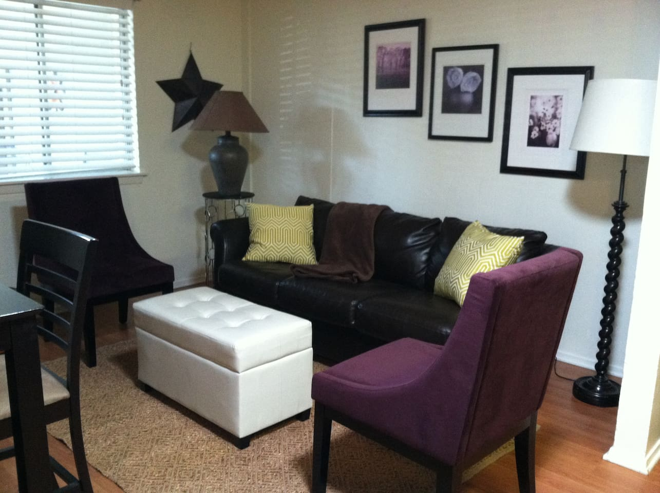 Comfortably furnished living room,  sooo close to SOLA and SOCO