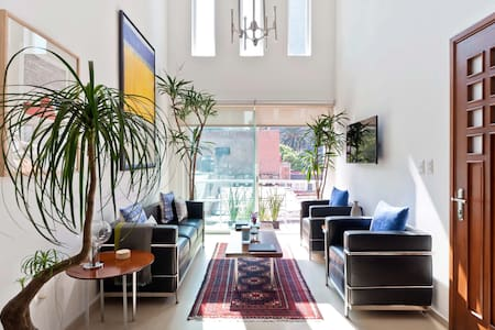 BRIGHT & MODERN TWO LEVEL PENTHOUSE - Mexico City - Apartment