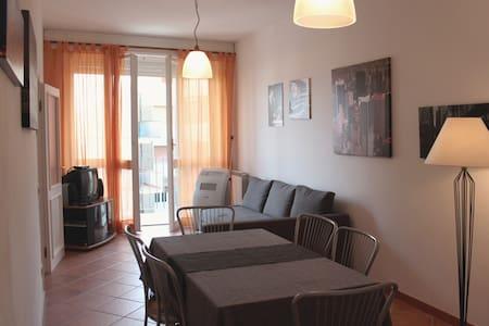 Appartamento a un passo dal mare - Marinella di Sarzana - Apartment