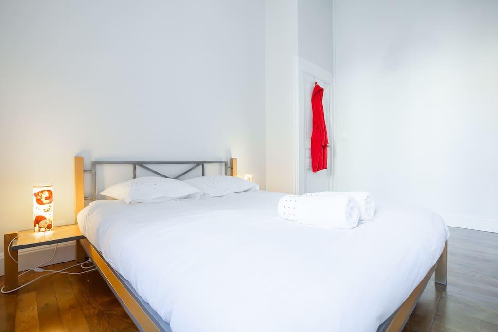 Lit 160x200 super comfortable! Verz comfortqble double bed