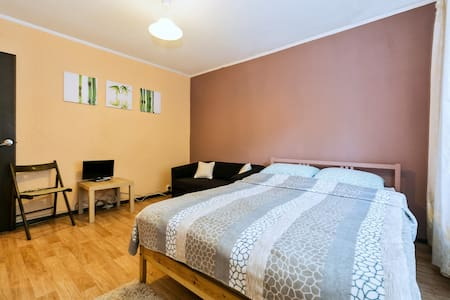 Апартаменты в Букино - центре Лобни - Apartment