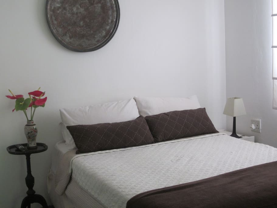 Studio cottage for single or couple
