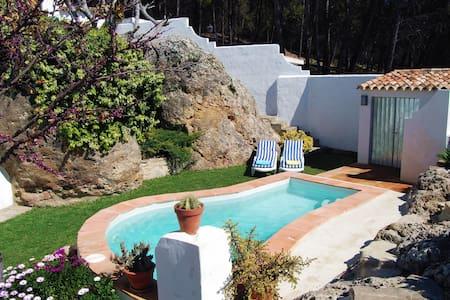 Villa La Roca. Cerca de Ronda - Montecorto - Huis