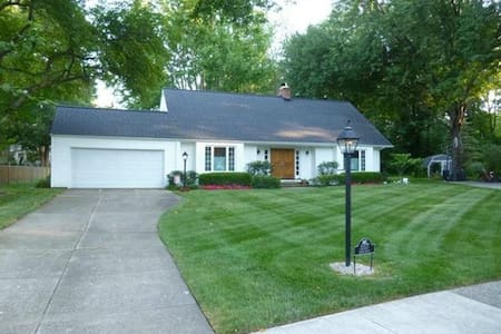 Renovated Cape Cod - 2800 sq. ft. - House
