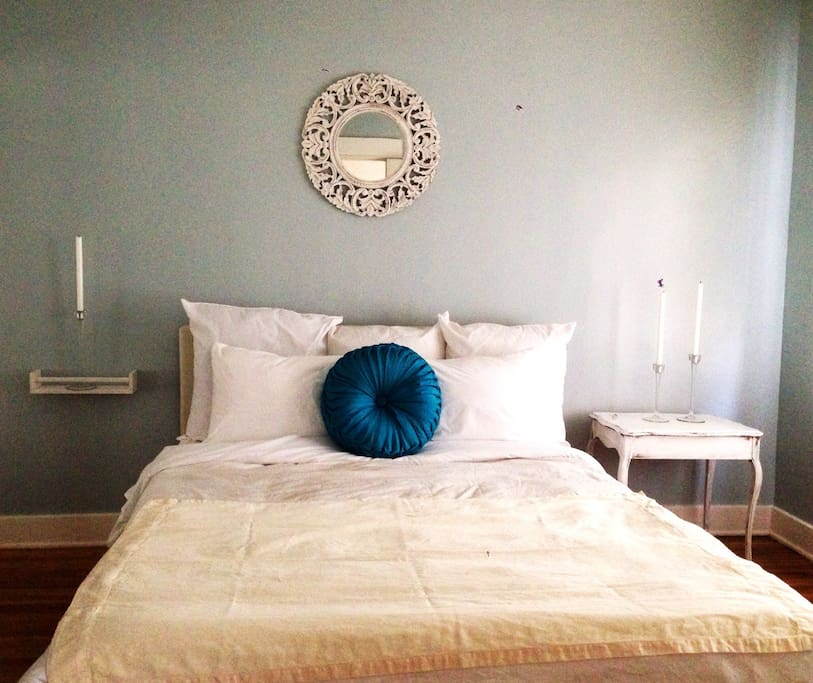 BEST Silverlake Location for $109