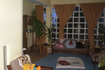 Rooms/Room available in Addis Ababa - West Shewa