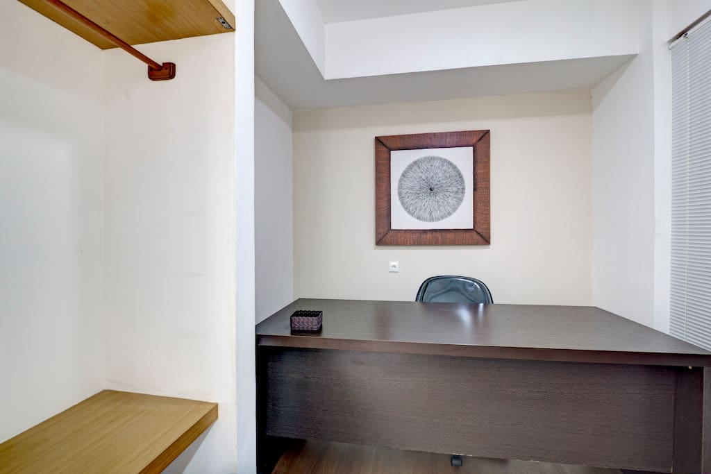 This is your private workplace, huge and spacious with parquet flooring. Perfect for expatriate and travel blogger!