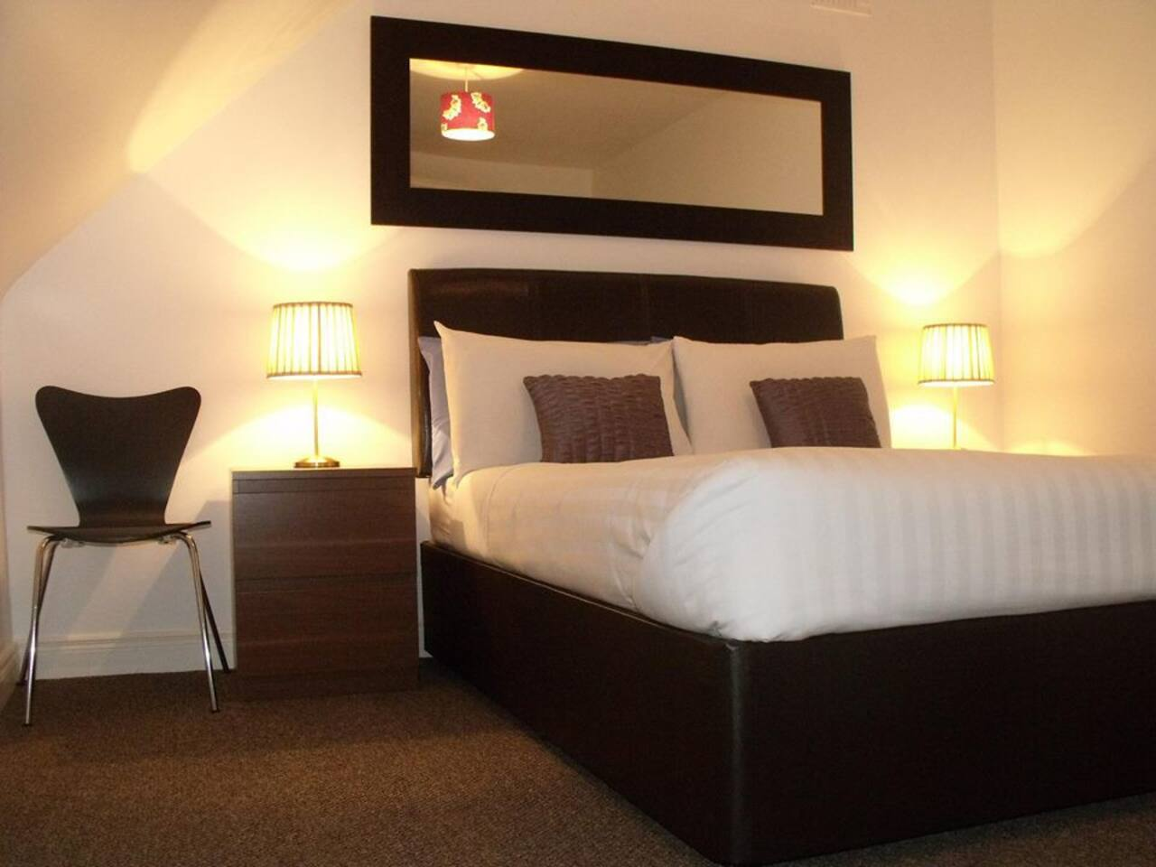 Double bedroom, with TV, Tea & Coffee facilities and WiFi in the room.