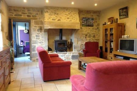 Beau Gîte  6 à 10 p Perros-Guirec - Saint-Quay-Perros - House