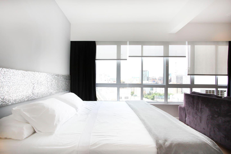 American King Size Bed in Quiet & Comfortable Bedroom