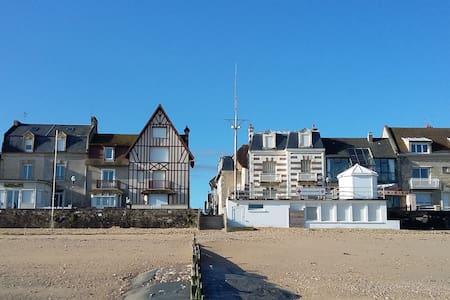 """Maison de vacances """"Stella Maris"""" - Saint-Aubin-sur-Mer - Huis"""